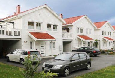 Träelement radhus i Levanger